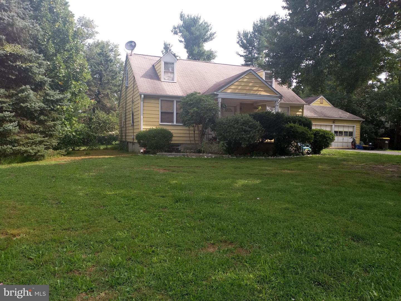 Duplex Homes 為 出售 在 Horsham, 賓夕法尼亞州 19044 美國