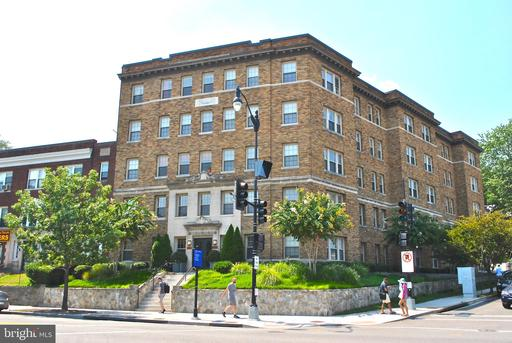 3446 CONNECTICUT AVE NW #304
