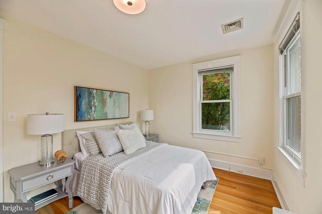 Owner Bedroom - 5335 42ND ST NW, WASHINGTON