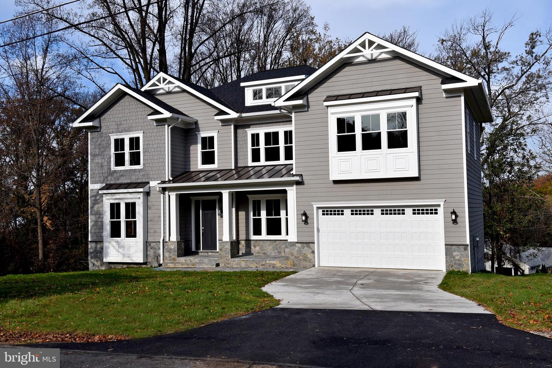 Single Family Homes vì Bán tại Falls Church, Virginia 22043 Hoa Kỳ