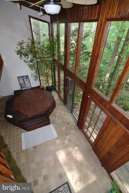 Catwalk overlooking the solarium - 11137 GLADE DR, RESTON