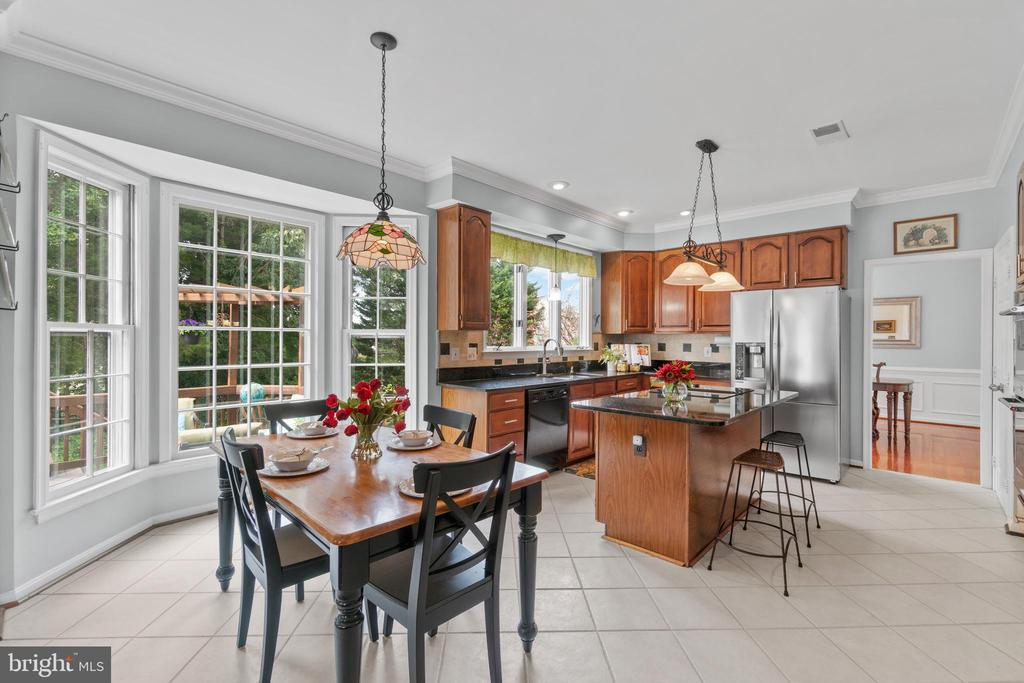 Eat in kitchen - 46476 MONTGOMERY PL, STERLING