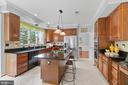 Kitchen - 46476 MONTGOMERY PL, STERLING