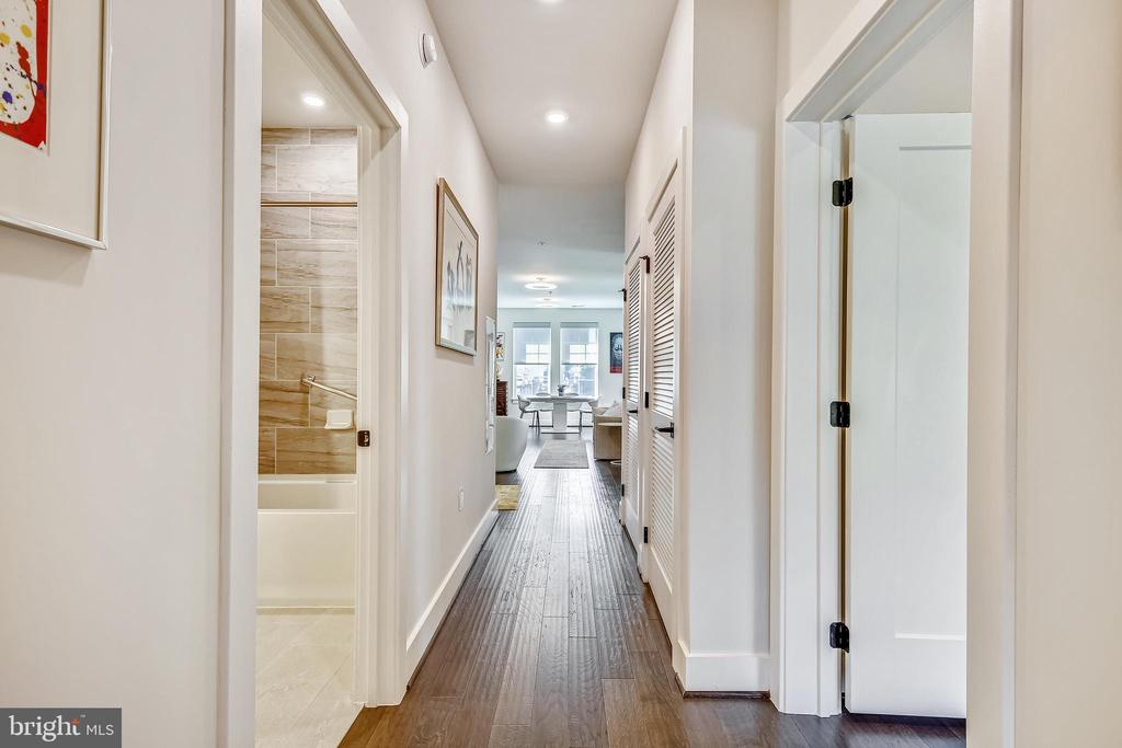 Hall - 1411 KEY BLVD #311, ARLINGTON
