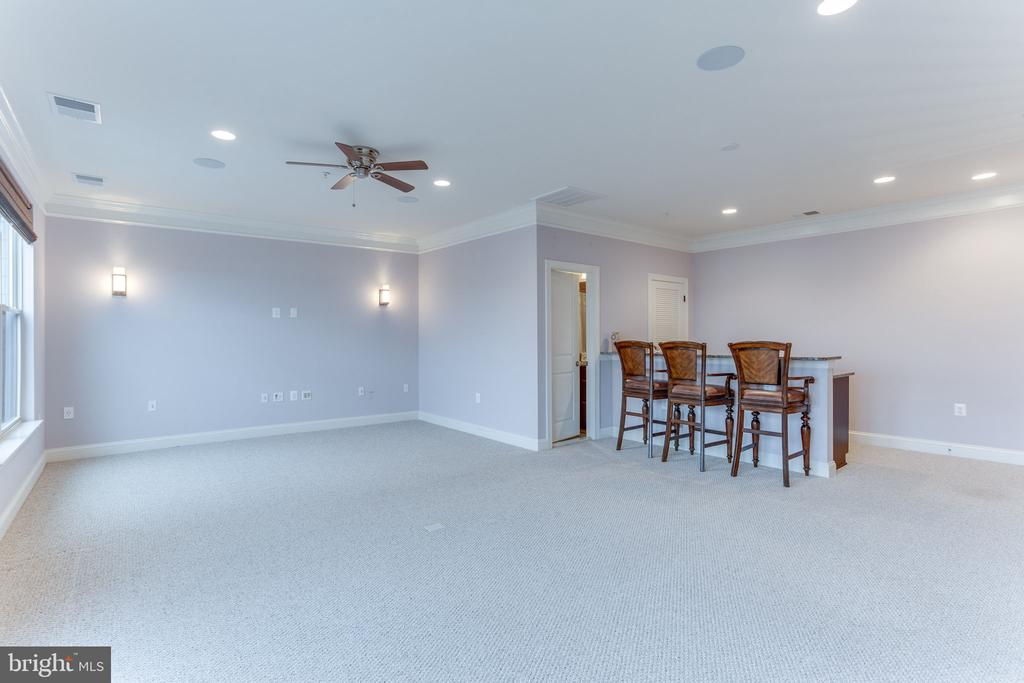 4th level is wired for surround sound� - 19347 NEWTON PASS SQ, LEESBURG