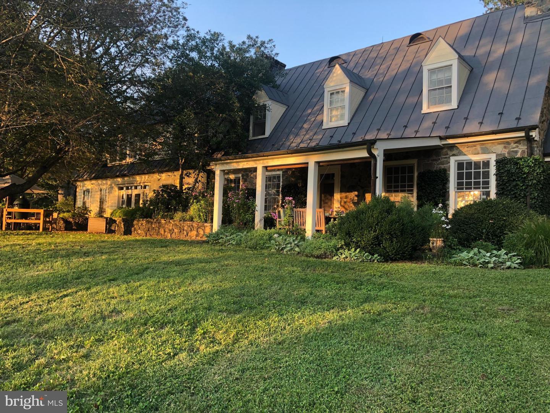 Single Family Homes por un Venta en Hume, Virginia 22639 Estados Unidos