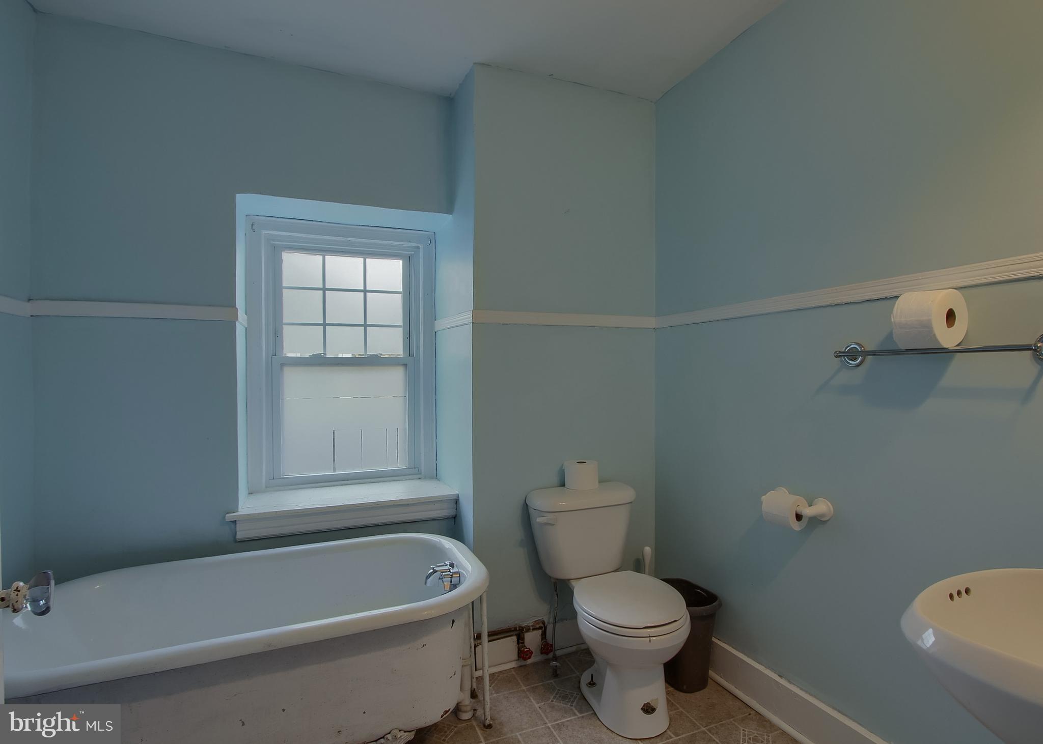 2nd full bathroom on 3rd floor