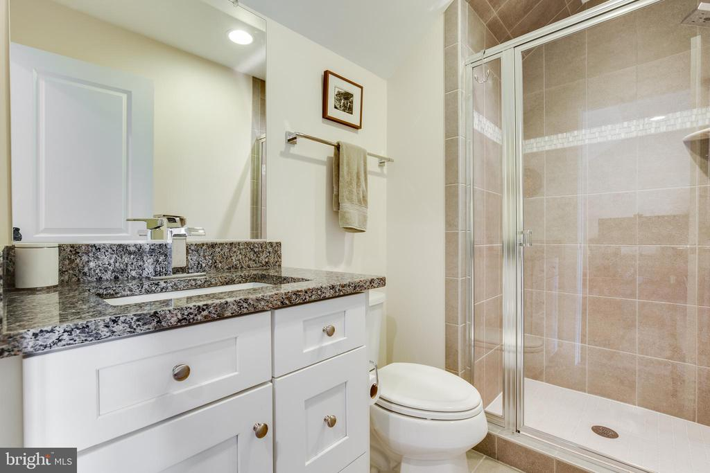 Third Full Bath - 5717 11TH ST N, ARLINGTON