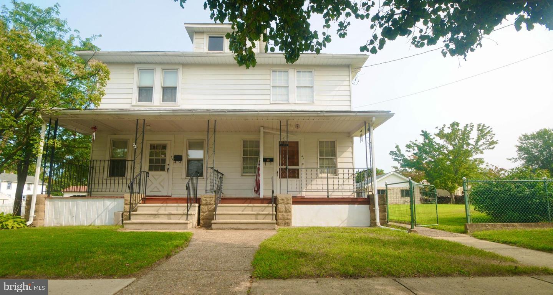Single Family Homes para Venda às Florence, Nova Jersey 08518 Estados Unidos