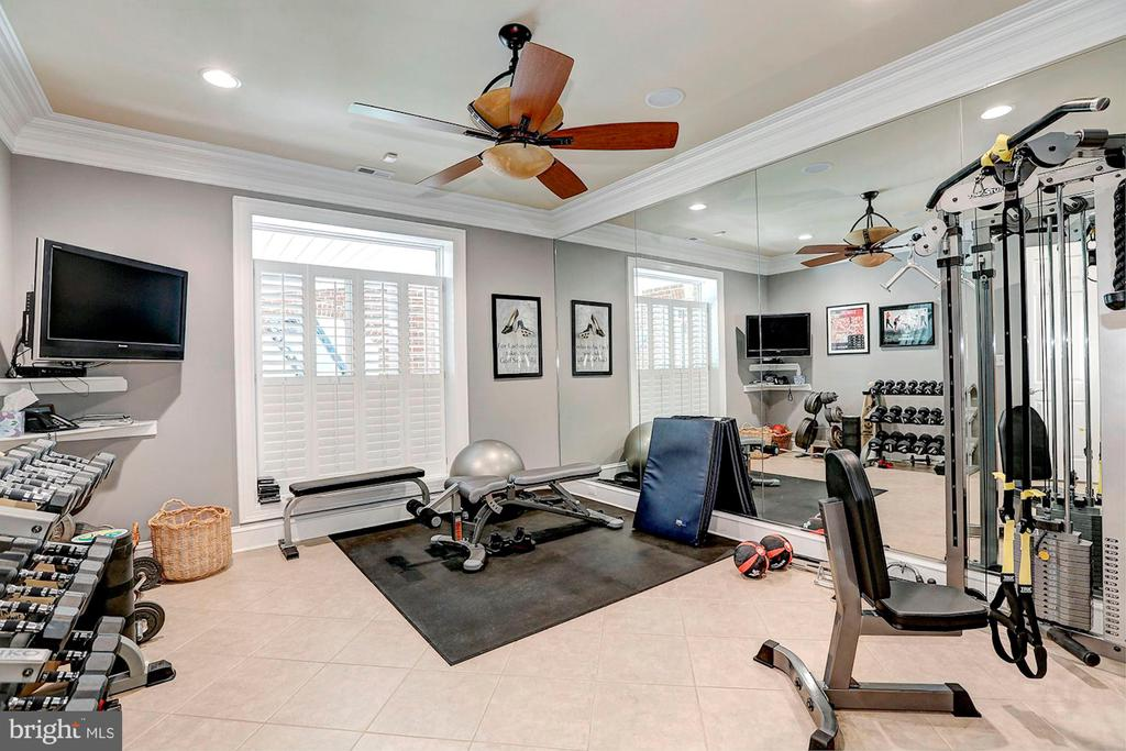 State of the art Gym - 8225 WOLF RUN SHOALS RD, CLIFTON