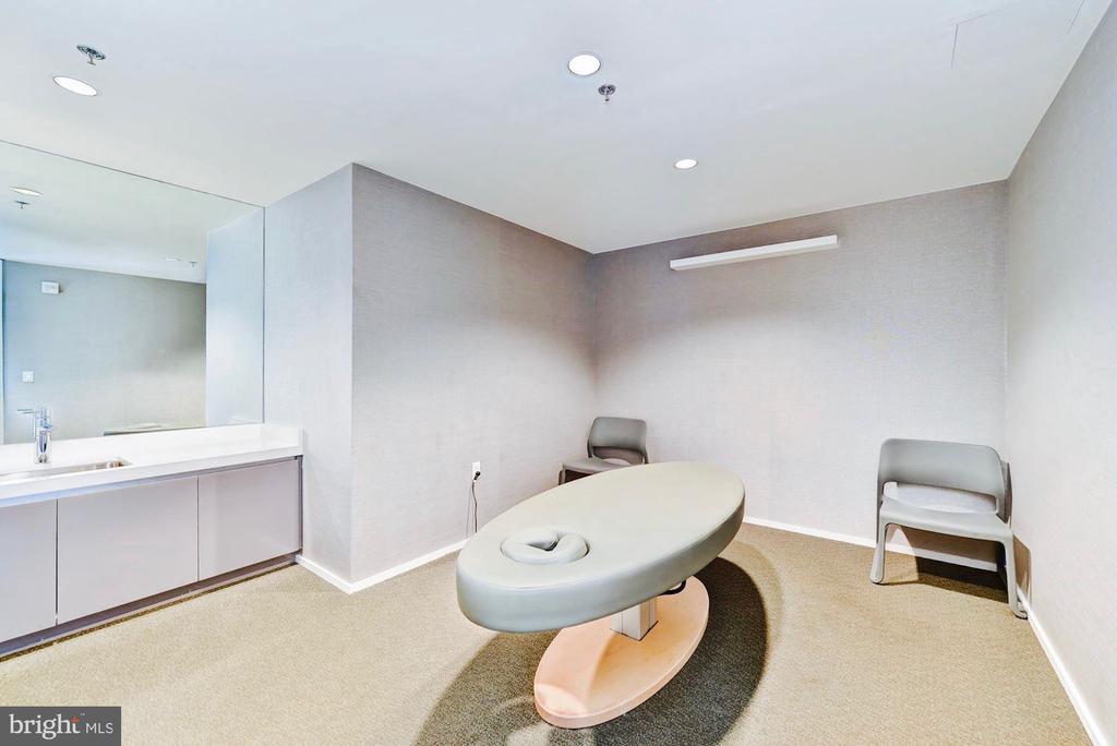 Community Spa Treatment Room - 925 H ST NW #810, WASHINGTON
