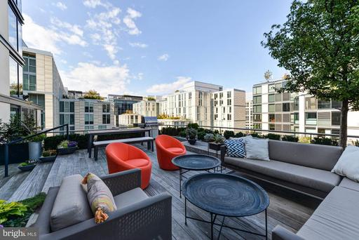 925 H ST NW #810