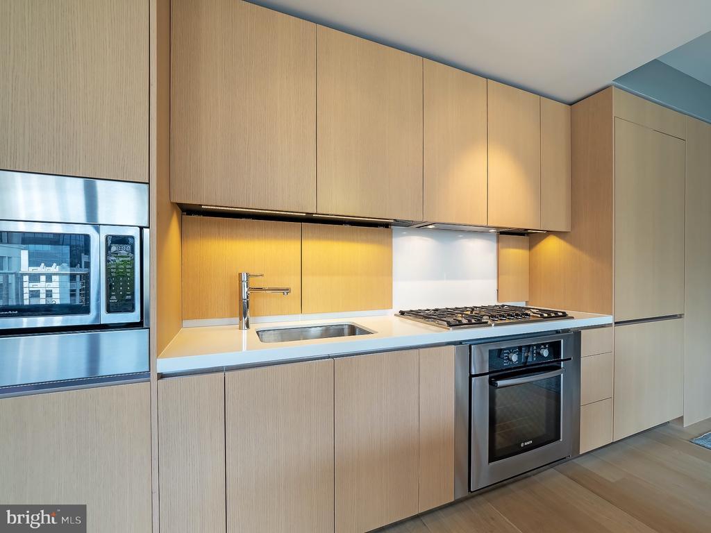 Kitchen - 925 H ST NW #810, WASHINGTON