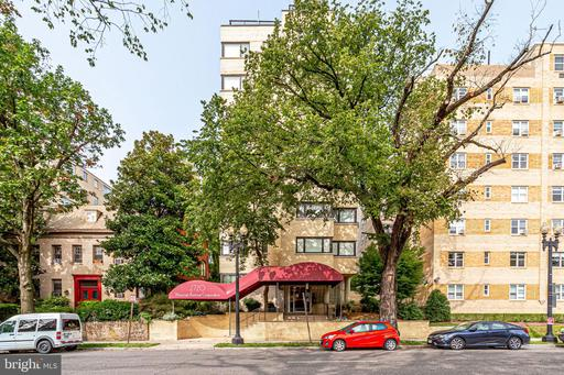 2720 WISCONSIN AVE NW #207