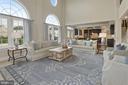 Family room opens to kitchen - 20669 PERENNIAL LN, ASHBURN
