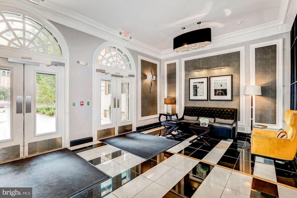 Spectacular Lobby in Award Winning Building - 1801 16TH ST NW #105, WASHINGTON