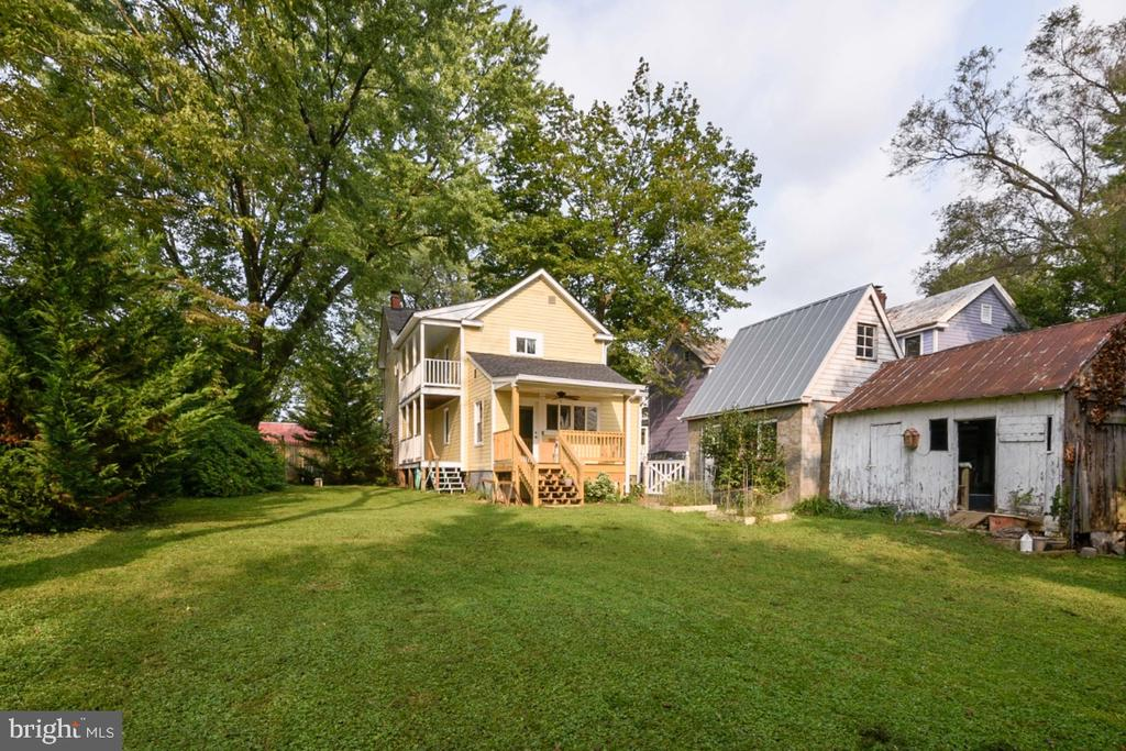Home also features an outbuilding for gardening to - 3635 BUCKEYSTOWN PIKE, BUCKEYSTOWN