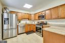 Stainless Steels Appliances - 21115 FIRESIDE CT, STERLING