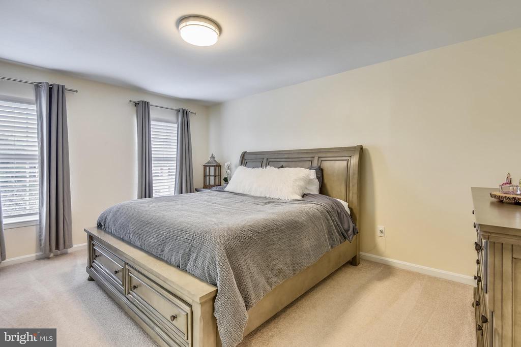 Master Bedroom - 21115 FIRESIDE CT, STERLING