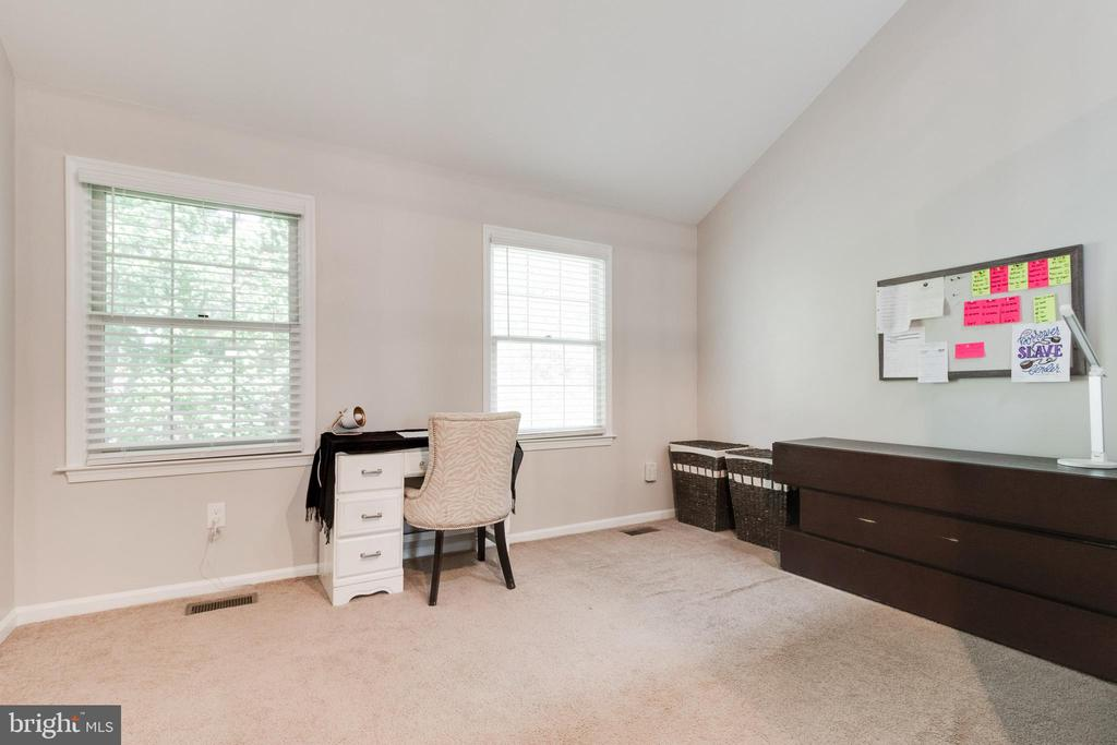 Master Bedroom - 3 JEREMY CT, STERLING