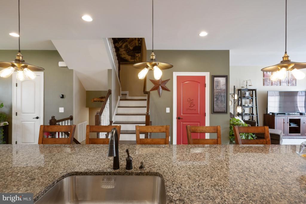Kitchen with beautiful granite countertops - 13730 SENEA DR, GAINESVILLE