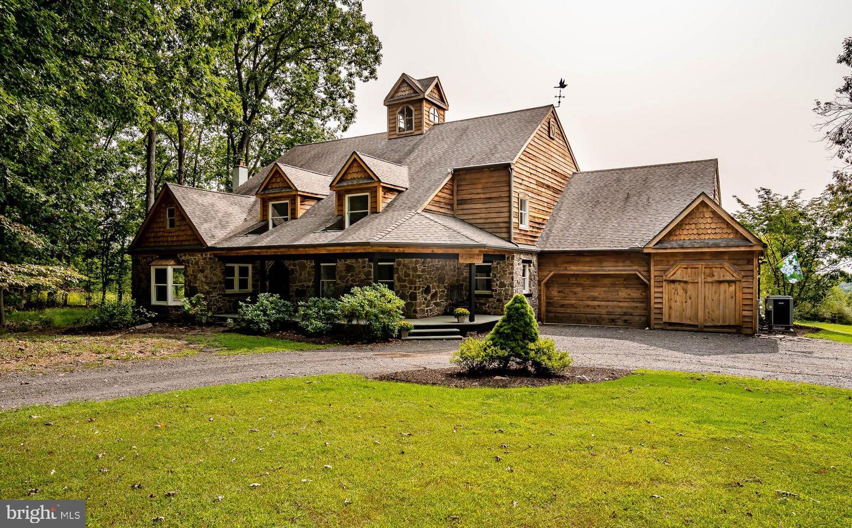 Single Family Homes per Vendita alle ore Doylestown, Pensilvania 18902 Stati Uniti