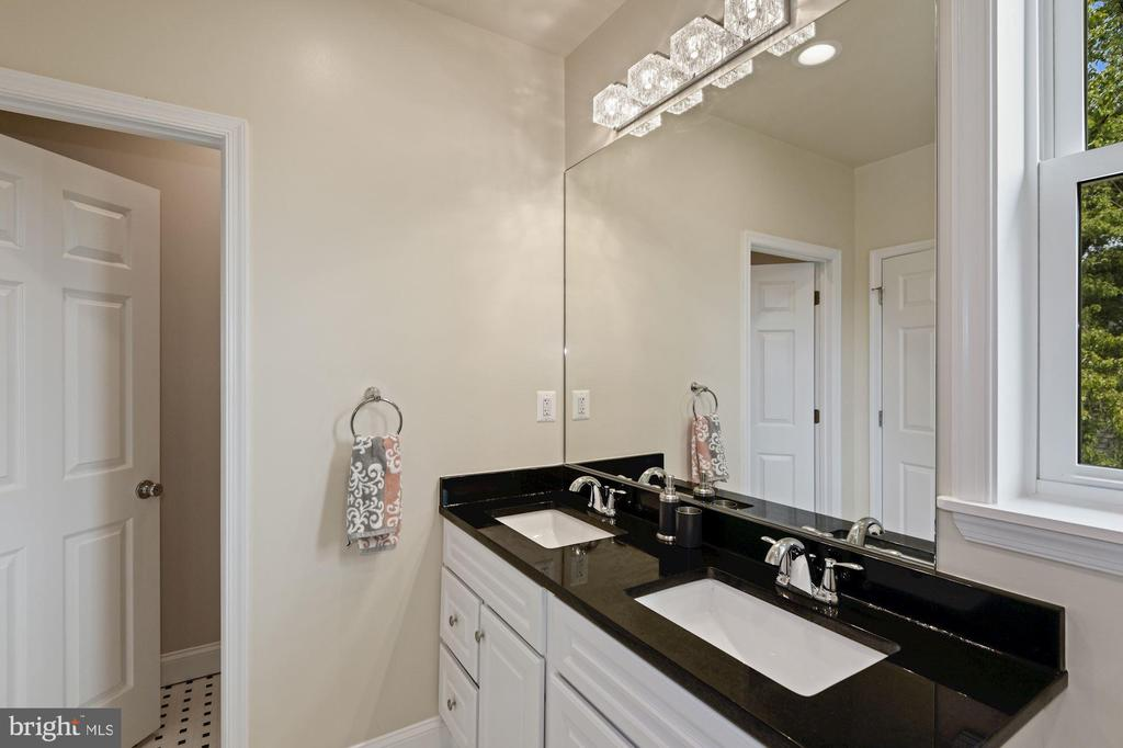 Primary Bath - 4808 SOMERSET RD, RIVERDALE