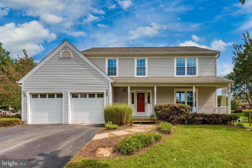 5 ROLLING FORK CT