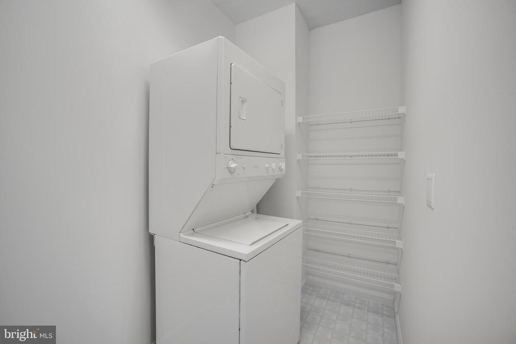 Separate Laundry Room and Storage area - 19355 CYPRESS RIDGE TER #823, LEESBURG