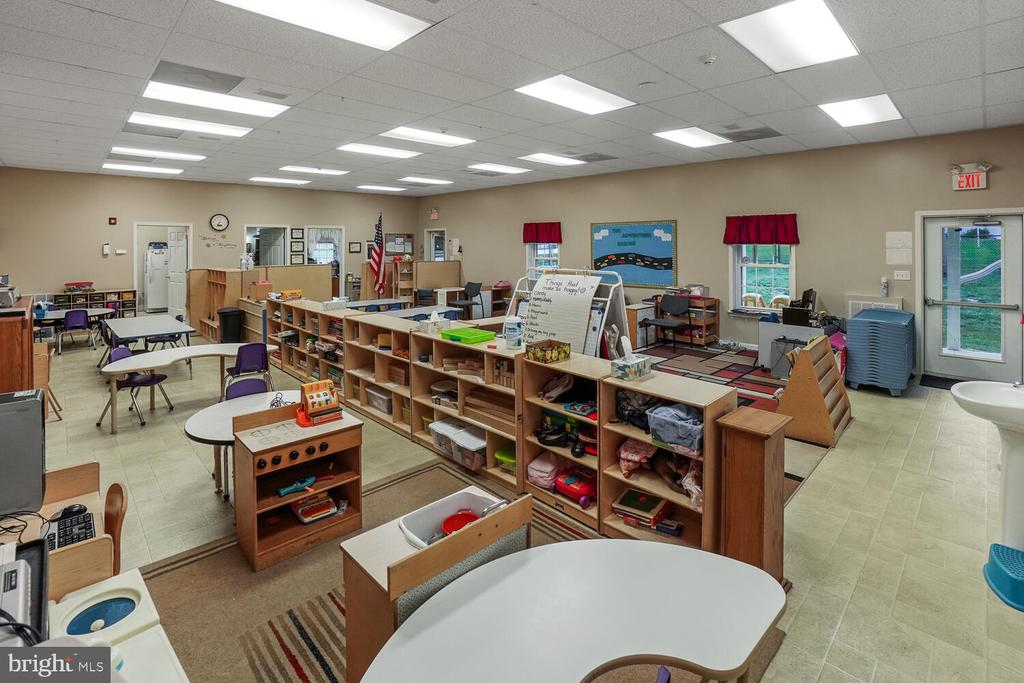 Teaching area of learning center/daycare - 11829 CASH SMITH RD, KEYMAR