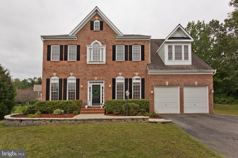 Single Family Homes para Venda às Springfield, Virginia 22153 Estados Unidos