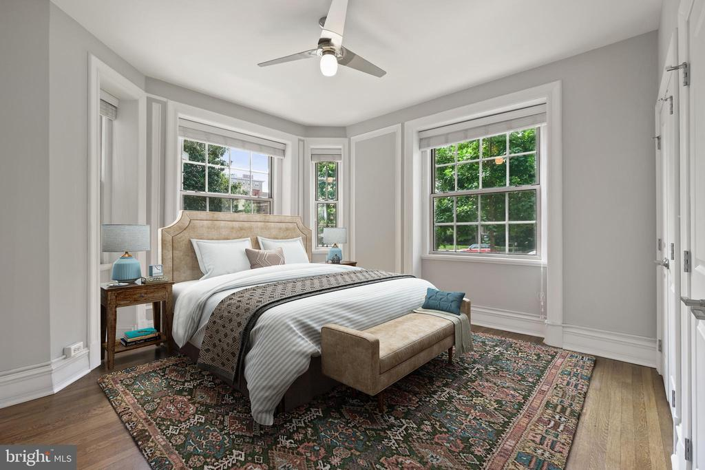 Main Bedroom with Private bathroom - 1801 16TH ST NW #105, WASHINGTON