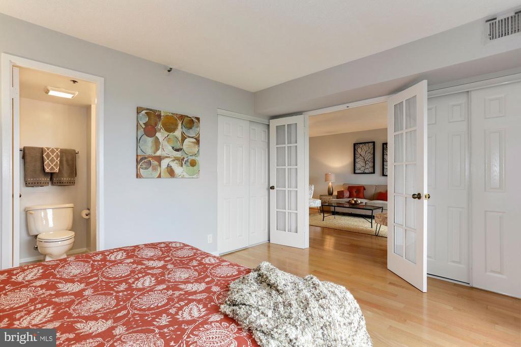 2nd bedroom - 1600 N OAK ST #308, ARLINGTON