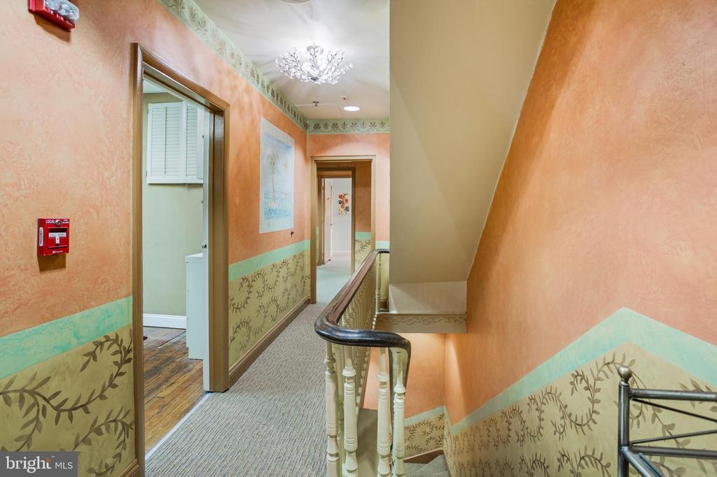 Hallway Landing - 1604 K ST NW, WASHINGTON