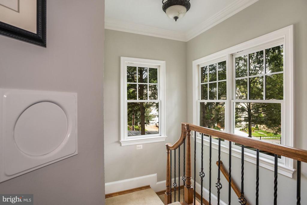 Rear Staircase - 3629 N VERMONT ST, ARLINGTON