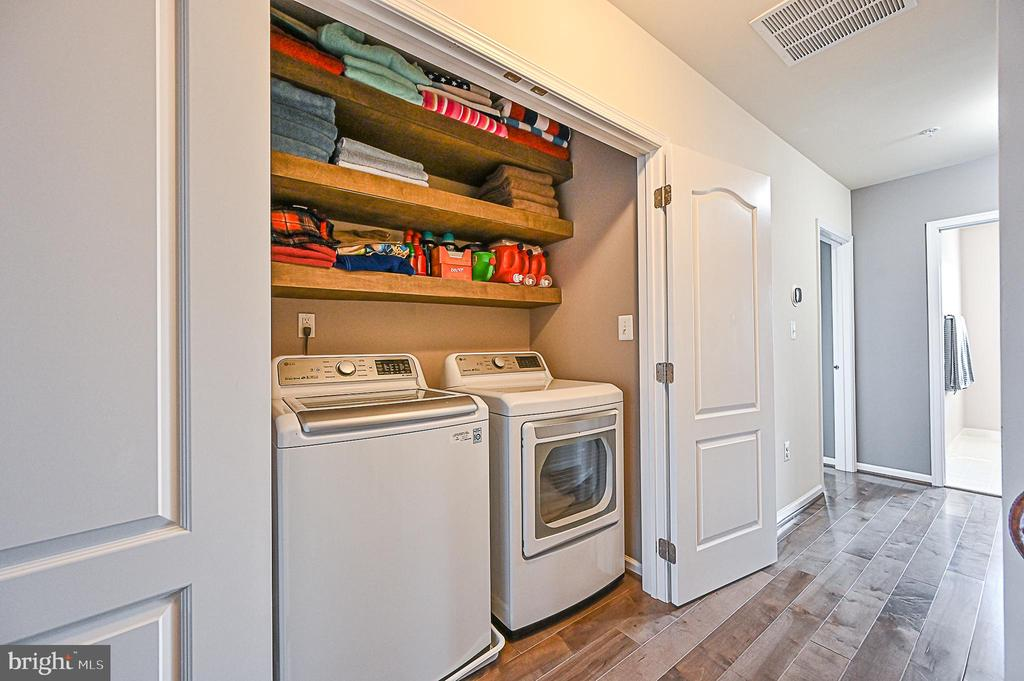 Laundry Room (upgraded wash/Drier) custom shelves - 43213 DEPASCALE SQ, ASHBURN