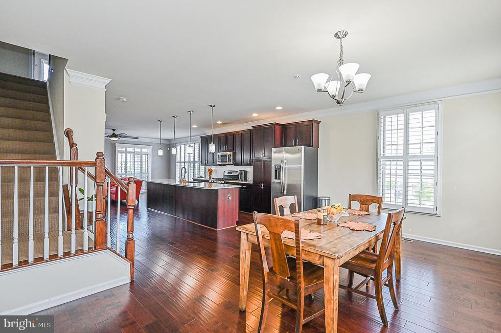 Open view from the Dining Room  to the Kitchen - 43213 DEPASCALE SQ, ASHBURN
