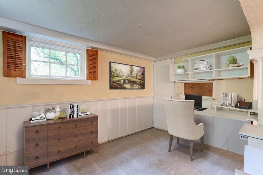 Convenient home Office area - 2706 CORTLAND PL NW, WASHINGTON