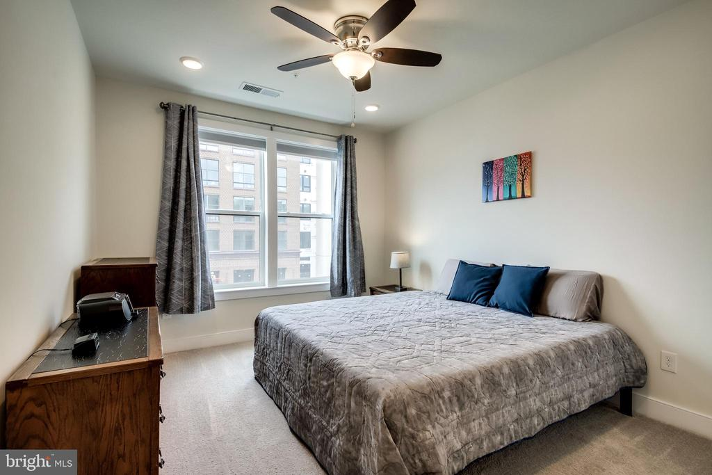 Primary Bedroom Suite - 11200 RESTON STATION BLVD #402, RESTON