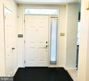 GRACIOUS ENTRY FOYER (W/ POWDER ROOM TO LEFT) - 1835 N UHLE ST #1, ARLINGTON
