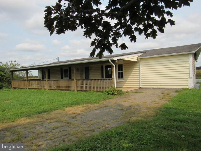 Single Family Homes للـ Sale في Fawn Grove, Pennsylvania 17321 United States
