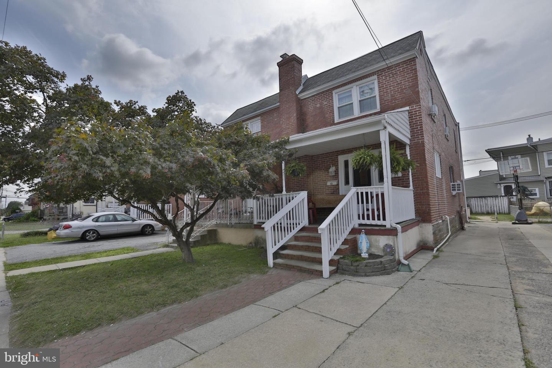 Single Family Homes pour l Vente à Holmes, Pennsylvanie 19043 États-Unis