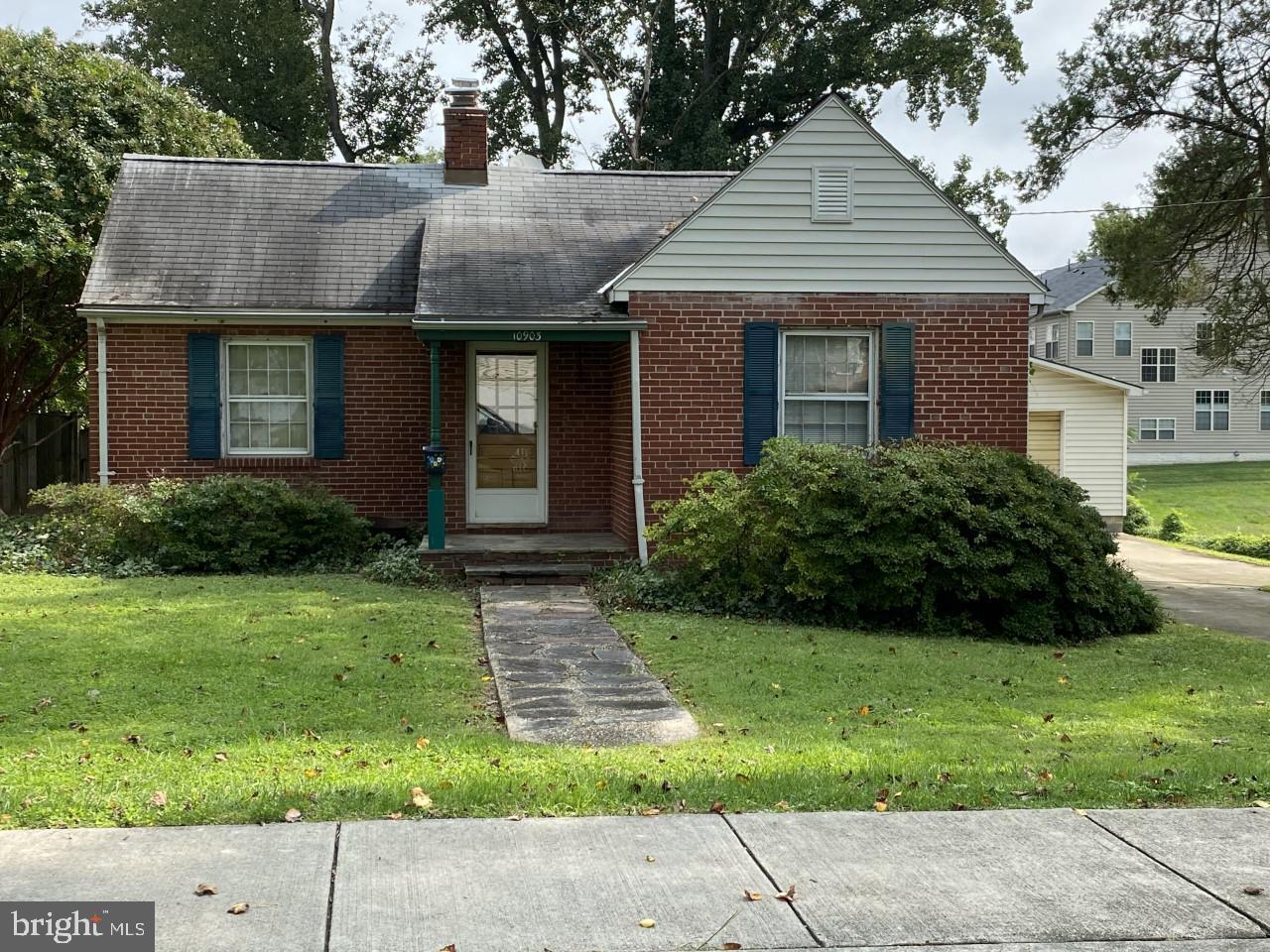Single Family Homes pour l Vente à Kensington, Maryland 20895 États-Unis
