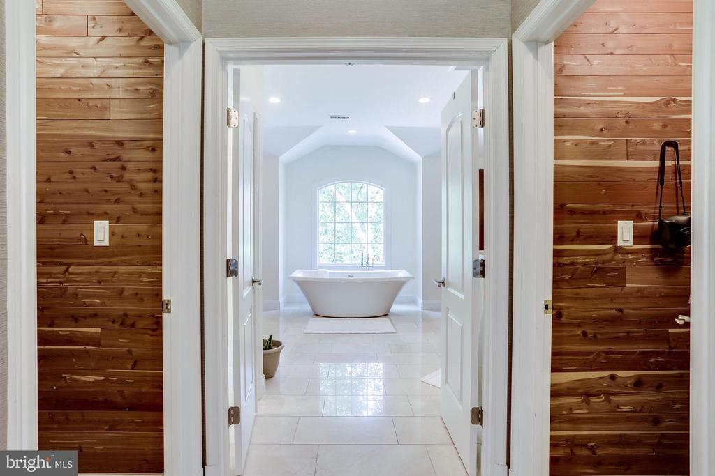 Double cedar closets heading into owner's bathroom - 2124 POLO POINTE DR, VIENNA