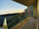 Sunset Views - 501 SLATERS LN #906, ALEXANDRIA