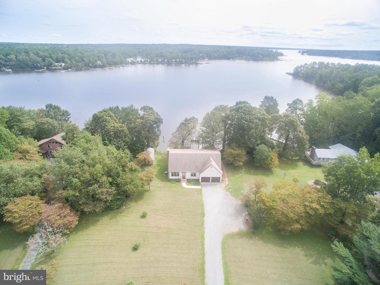 Single Family Homes για την Πώληση στο Lancaster, Βιρτζινια 22503 Ηνωμένες Πολιτείες