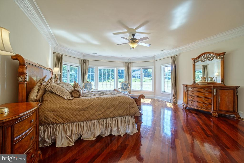 Master Bedroom - 40163 BEACON HILL DR, LEESBURG
