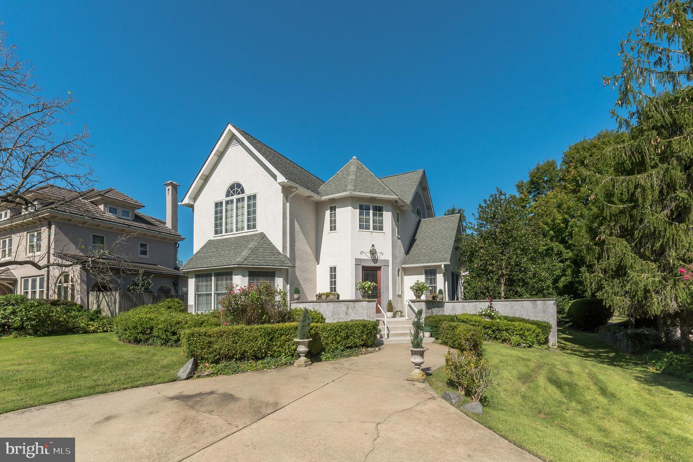 Single Family Homes 為 出售 在 Audubon, 新澤西州 08106 美國