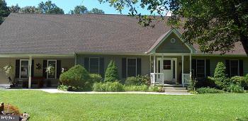 Single Family Homes pour l Vente à Greenwood, Delaware 19950 États-Unis