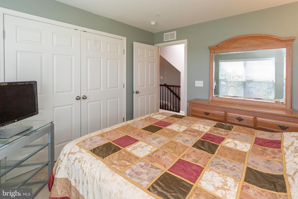 Bedroom 2 - 24656 JACKALOPE TER, ALDIE